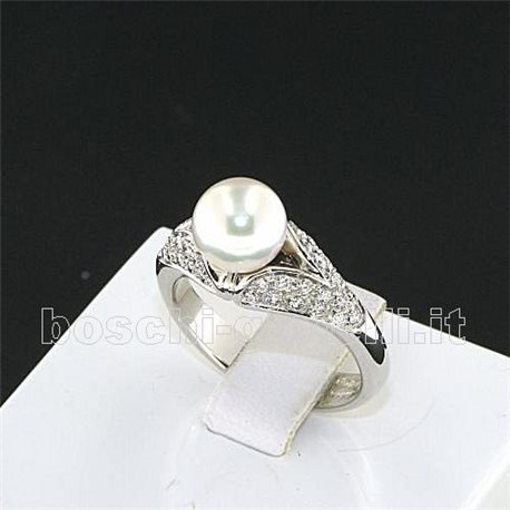 OUR CREATIONS ring pearl and diamonds n579
