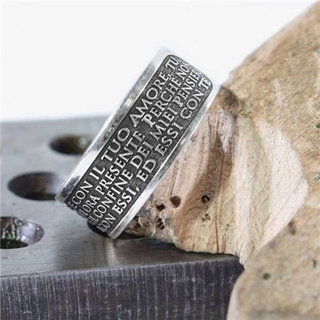 Name and phrase jewelry sculpt your ring