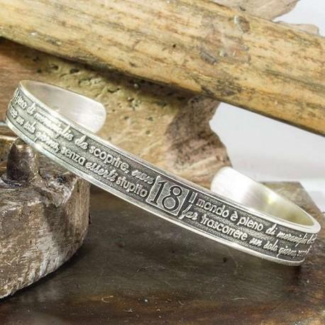 Nomi e frasi bracciale-rigido personalizzato in argento